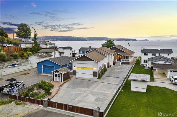 single-level home on desirable beach luxury properties