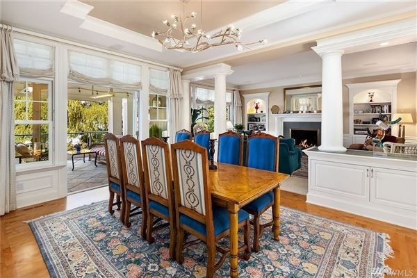 immaculately maintained waterfront Home luxury homes