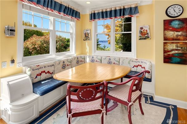 immaculately maintained waterfront Home luxury properties