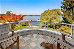 Mansions  immaculately maintained waterfront Home