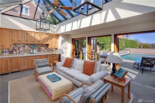 Luxury real estate Gibbs House - historic Seattle property