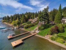 Mansions in prime southwest-facing waterfront estate lot