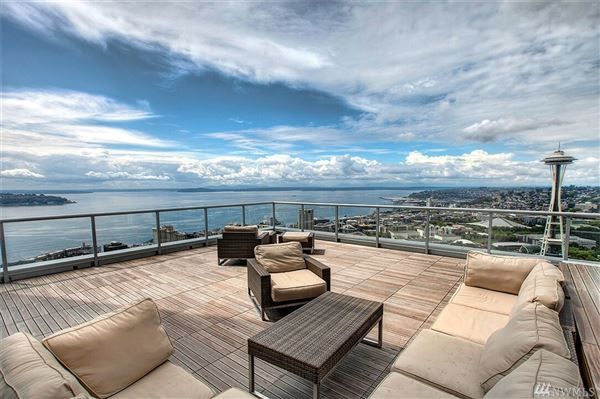 Superlative views from Insignia luxury real estate