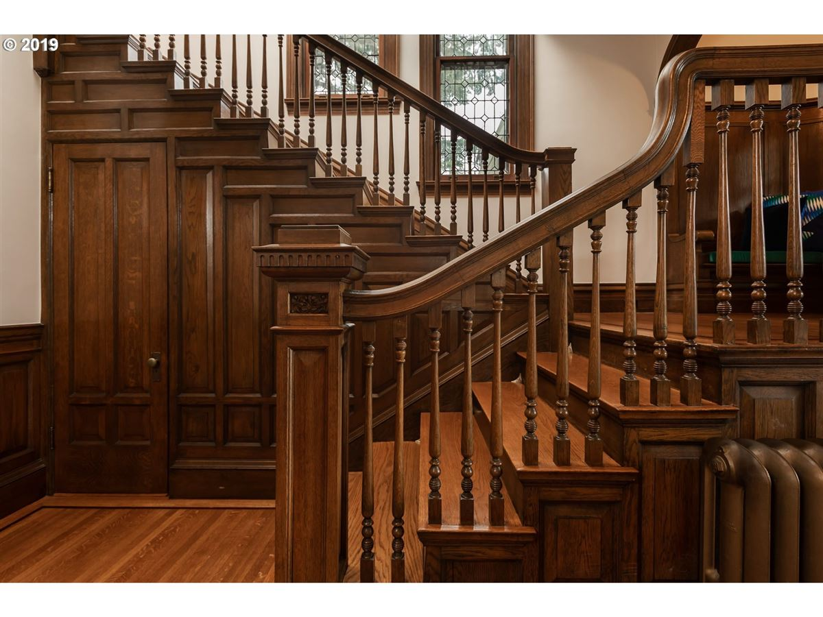 Luxury homes Masterfully restored 1890 Victorian