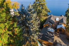 Luxury properties new construction Mercer Island waterfront