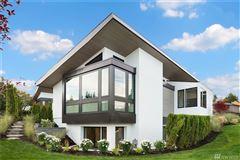 Luxury homes in An artful pairing of modern design and contemporary architecture