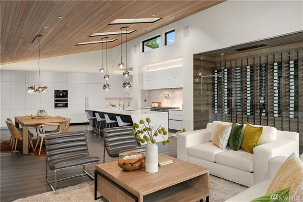 Luxury homes An artful pairing of modern design and contemporary architecture
