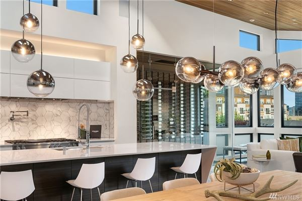 Luxury real estate An artful pairing of modern design and contemporary architecture