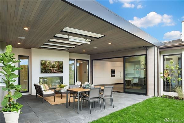 Luxury properties An artful pairing of modern design and contemporary architecture