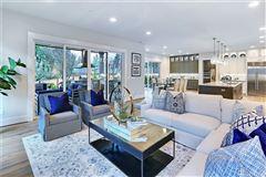 Luxury homes in Classic elegance meets modern luxury