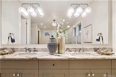 Mansions Classic elegance meets modern luxury