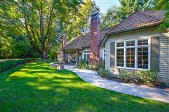 Luxury homes in Luxury Living on Evergreen Lane