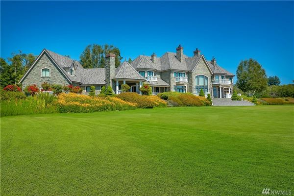 gracious residence on 23-plus acres mansions