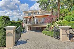 Luxury homes in Villa Sulla Collina