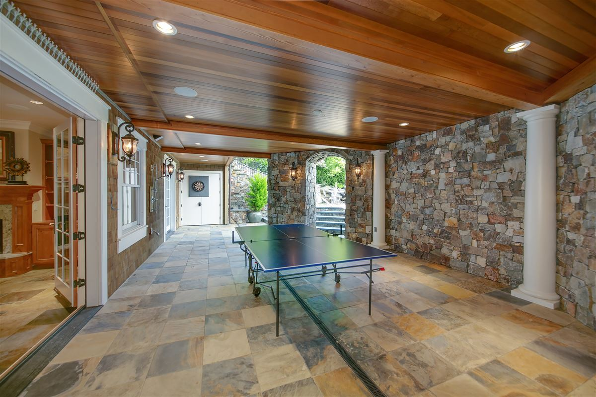 Luxury properties everyday oasis on Lake Sammamish