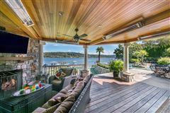 Luxury homes everyday oasis on Lake Sammamish