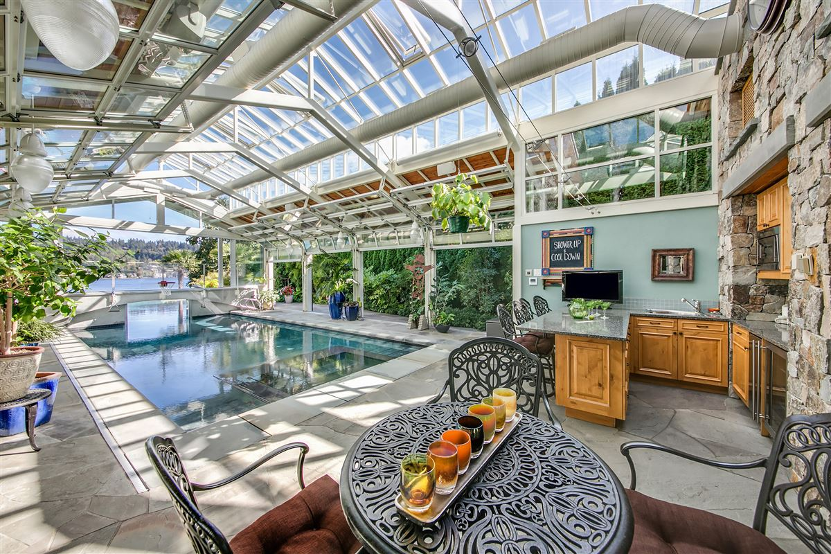 everyday oasis on Lake Sammamish luxury homes