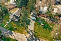 Luxury homes in once in a lifetime opportunity in downtown kirkland