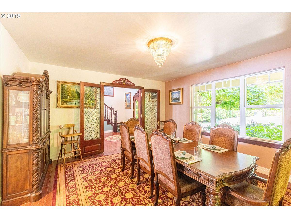 Luxury homes exquisite Hamptons-style Charleston Bay waterfront estate