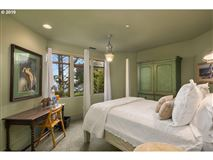Luxury homes in extraordinary Cannon Beach property