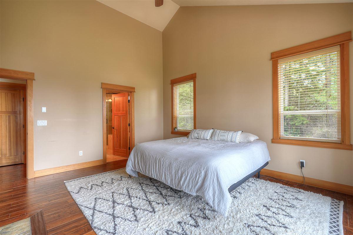 Fox Island sanctuary luxury properties