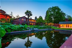 Luxury homes in Private Lake Washington compound