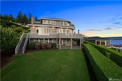 Mansions in Experience sweeping views