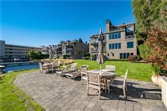 SOPHISTICATED SEATTLE WATERFRONT WITH DEEDED BOAT SLIP luxury homes