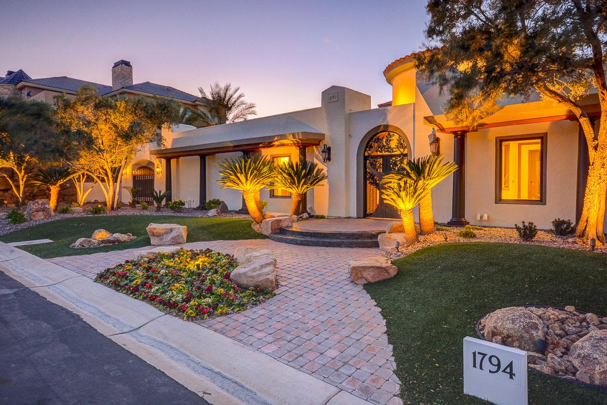 Mansions GORGEOUS FULLY REMODELED ONE OF A KIND ESTATE
