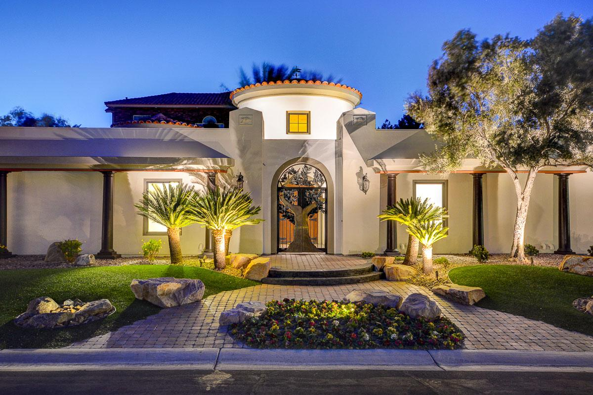 Luxury homes GORGEOUS FULLY REMODELED ONE OF A KIND ESTATE