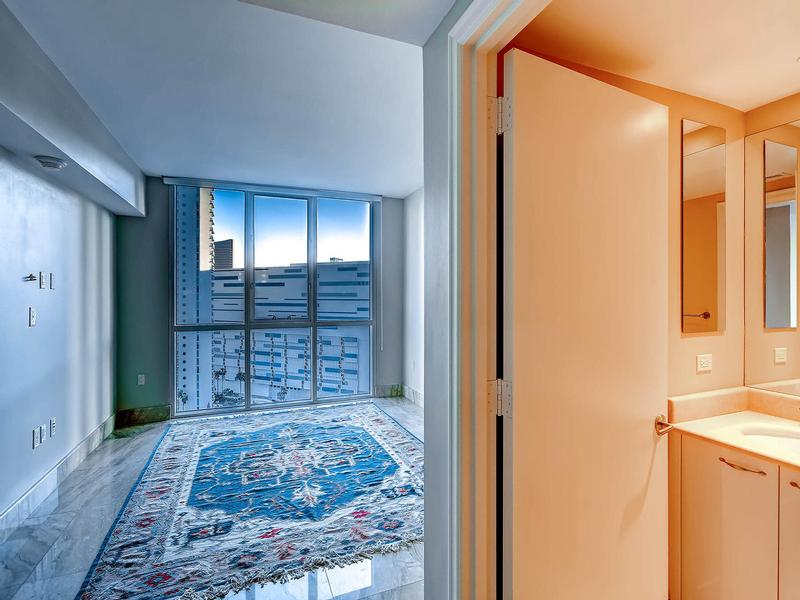 world-class Turnberry Place Penthouse luxury real estate