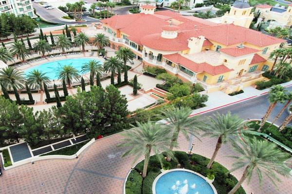 Mansions TURNBERRY PLACE CONDO FULLY FURNISHED