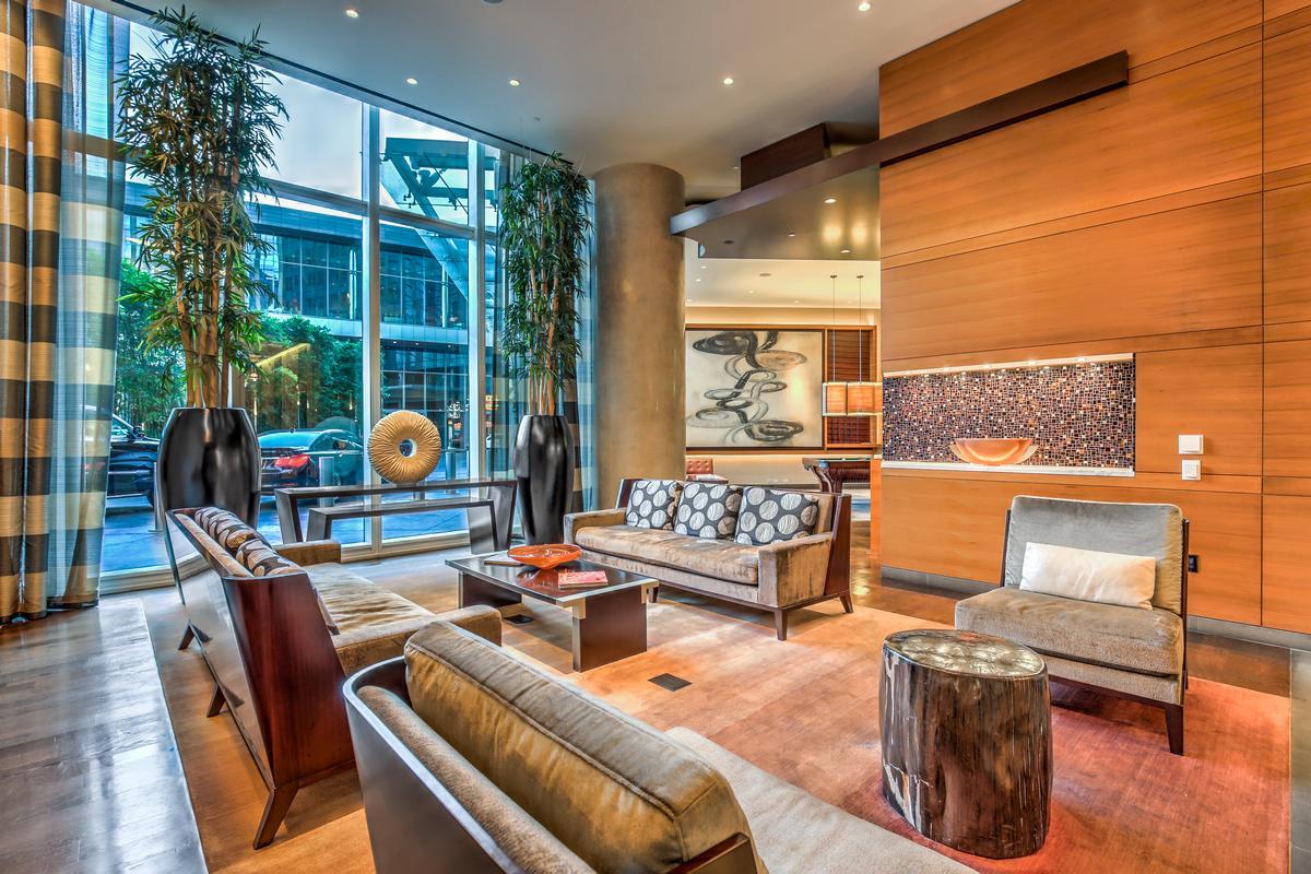Mansions Waldorf Highrise