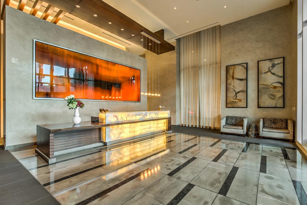 Waldorf Highrise mansions
