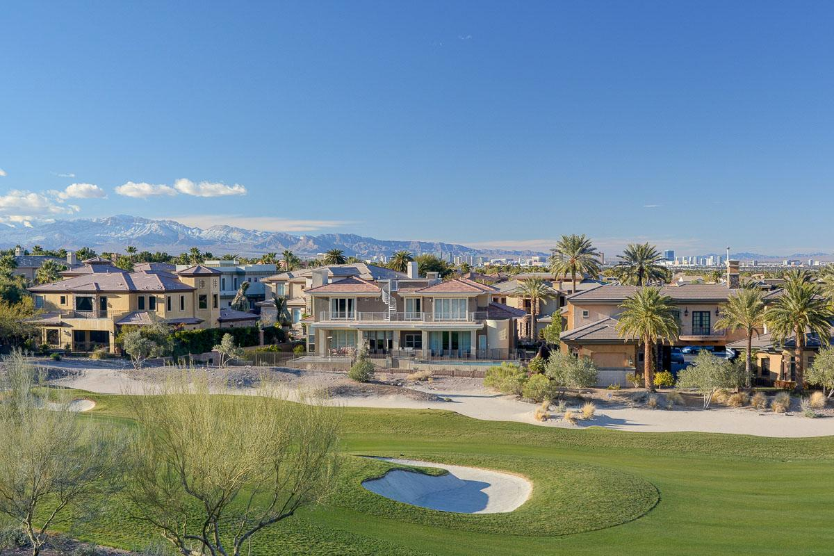 gorgeous Macdonald Highlands estate luxury homes