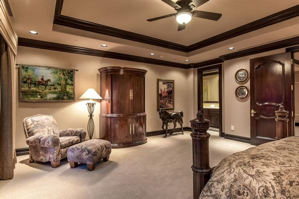 Luxury homes exclusive foothills of MacDonald Highlands