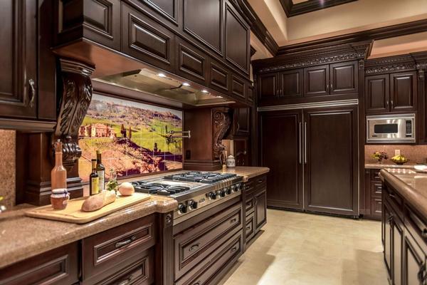 Luxury properties exclusive foothills of MacDonald Highlands