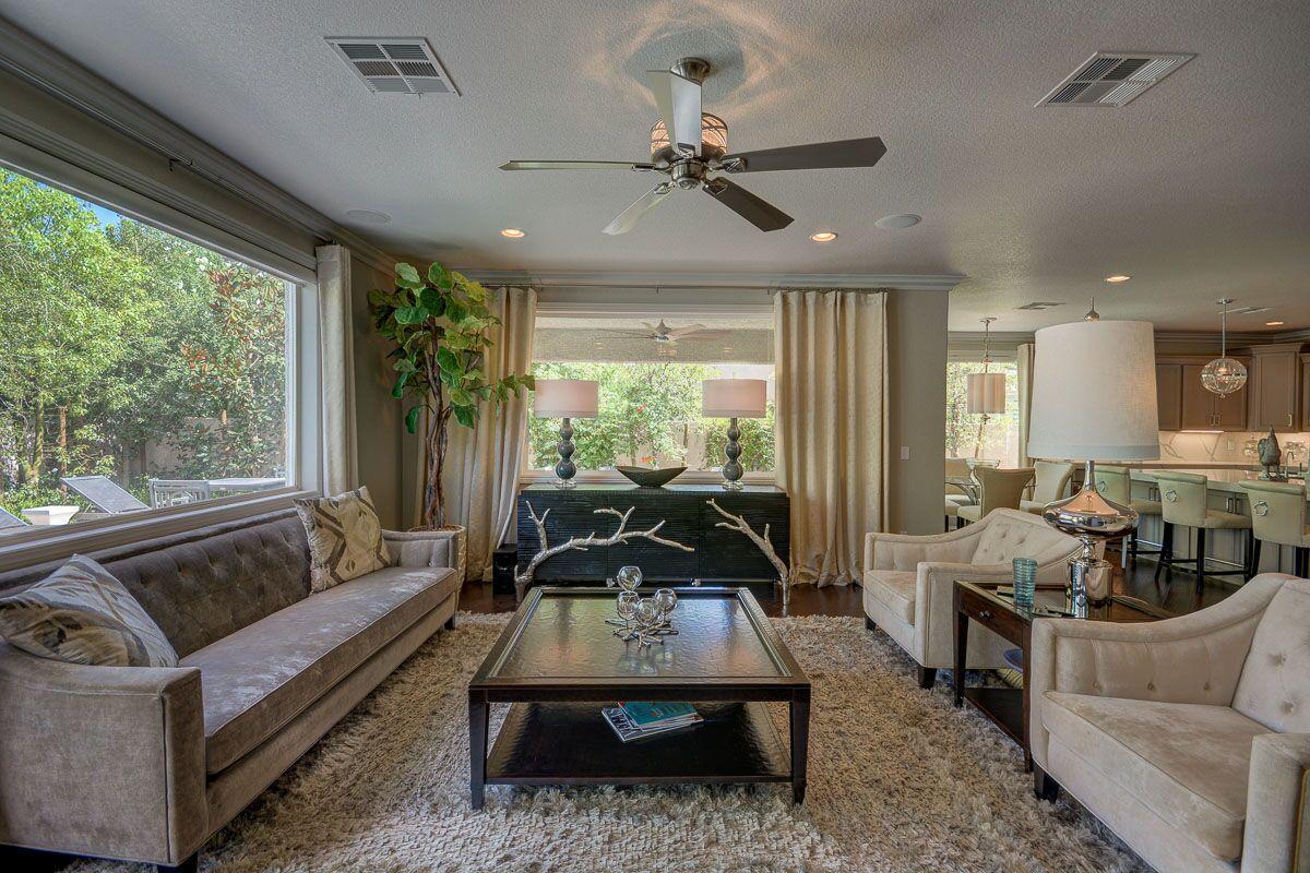 Luxury homes in Heritage Glen at Summerlin