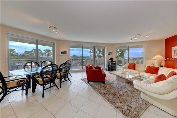 spacious condo with great views  luxury properties
