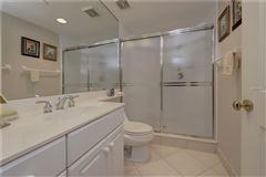Luxury properties spacious condo with great views