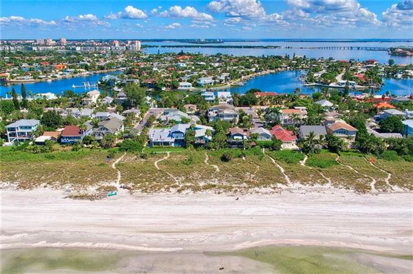 Luxury properties Prime Gulf Front location in st pete beach