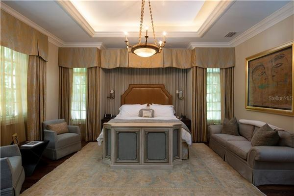 Luxury homes in Beach Park estate customized to perfection