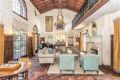Luxury homes Gorgeous 1925 Davis Islands Estate