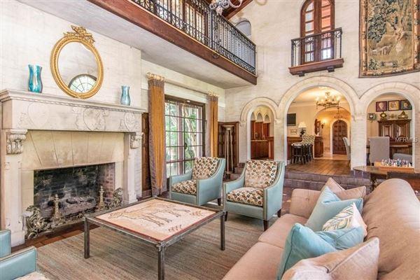 Luxury homes in Gorgeous 1925 Davis Islands Estate