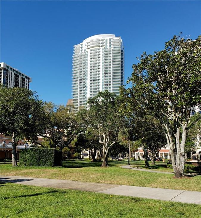 Luxury real estate Unparalleled and unimpeded Tampa Bay views