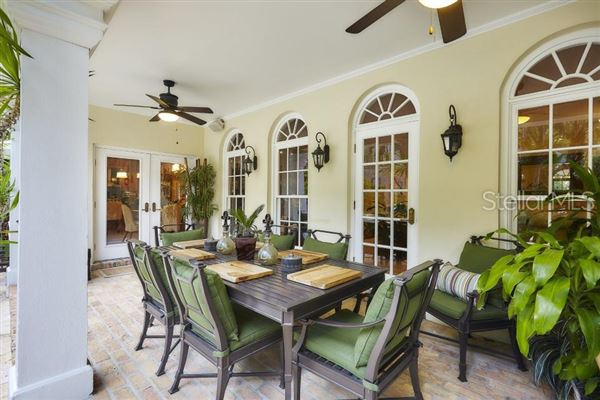 grand estate in Culbreath Isles luxury homes