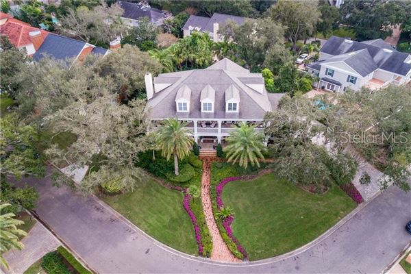 Luxury properties grand estate in Culbreath Isles