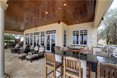 Mansions in luxurious Mandalay Beach Club Penthouse