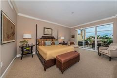 Luxury homes in a premier location in Parkshore Plaza