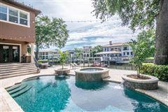 Luxury homes Stunning Davis Islands pool home